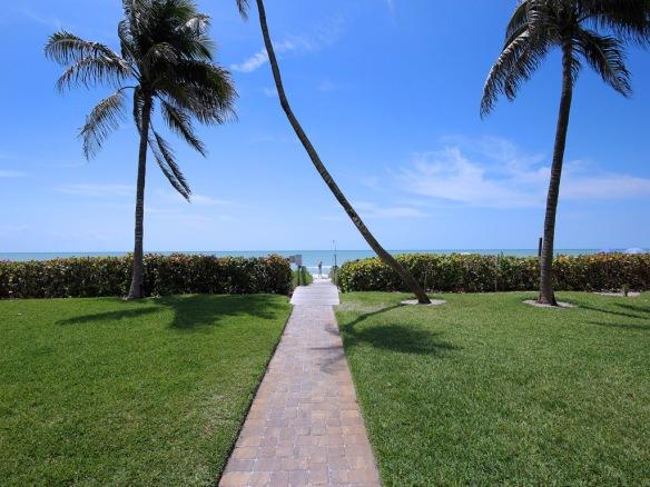 Island Beach Club walkway