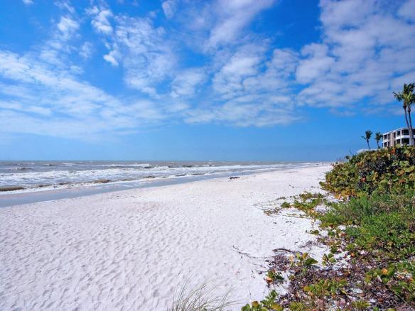 Sand Pointe Beach